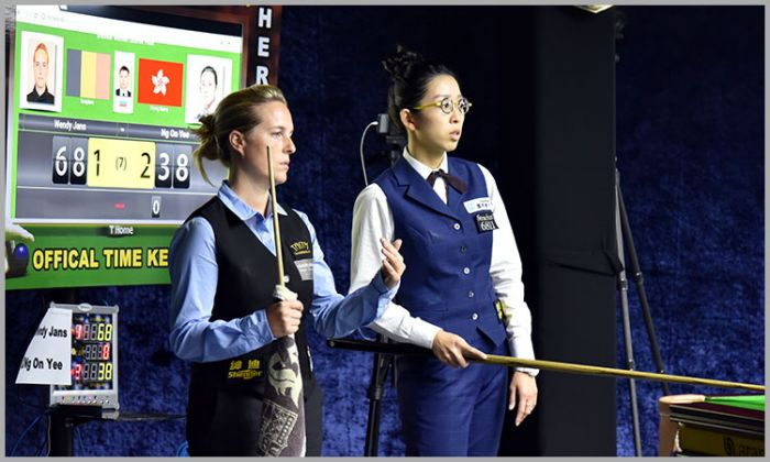 Wendy Jans of Belgium and Ng On Yee of Hong Kong during their quarter final match of 2018 World Women Snooker Championship