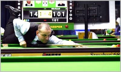 Causier survives in a close finish quarter final match