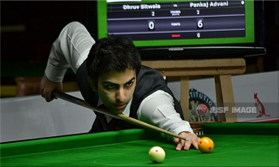 Advani back to his rhythm and confirms medal